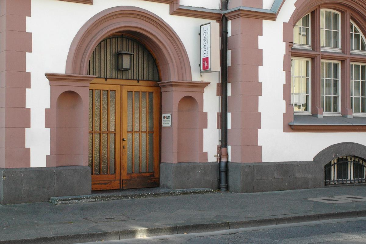 Faktum Hauptstandort auf der Odenkirchener Straße 28 in Mönchengladbach-Rheydt