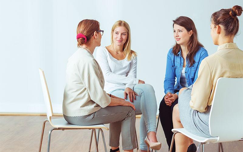 Gruppe im Coaching für Erwerbstätige